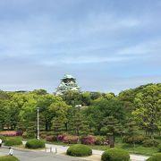 緑多い公園