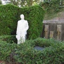 ジャコモ プッチーニの像