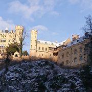 ホーエンシュヴァンガウ城 ノイシュヴァンシュタイン城の隣にあります