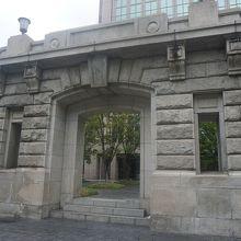 旧大阪毎日新聞大阪本社 旧社屋玄関 玄関ポーチ