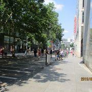 中央駅から旧市街へ続く通り