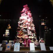 ショーウィンドウのクリスマスツリーがすてきでした