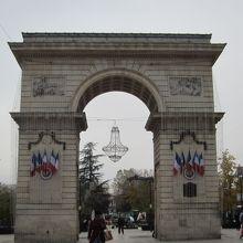 ギョーム門