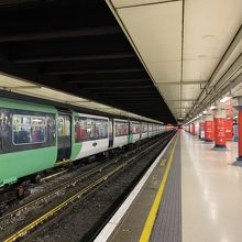 ヴィクトリア駅