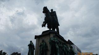 フリードリヒ ヴィルヘルム3世の騎馬像