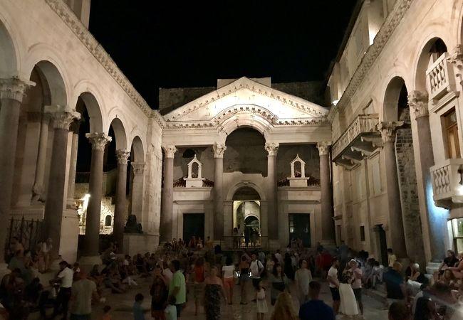 スプリットの史跡群とディオクレティアヌス宮殿