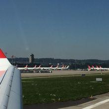 チューリッヒ国際空港 (ZRH)