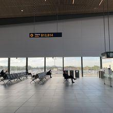 北欧っぽいシンプルな空港