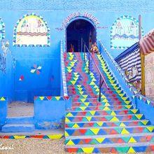 ヌビア村のカラフルな建物