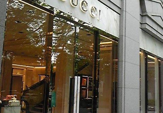 グッチ青山店
