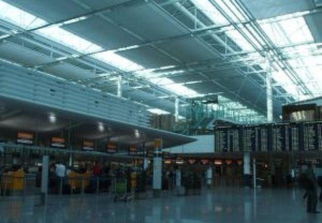 ミュンヘンの空港は施設も充実
