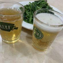 空芯菜とビール?