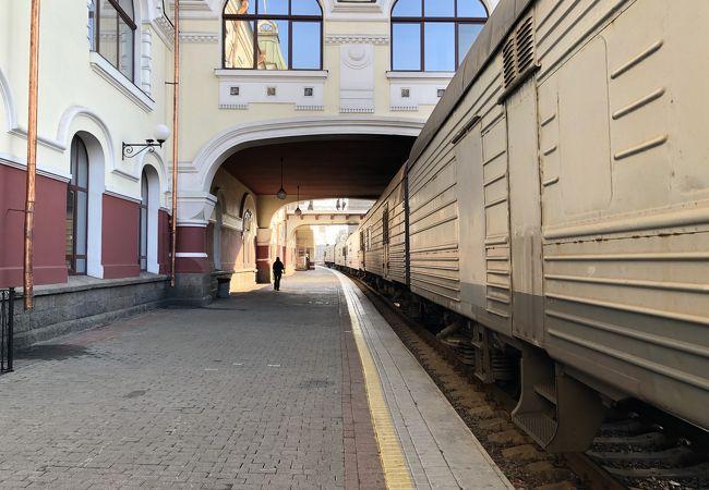 シベリア鉄道の終点・始発駅!無料で中に入れます