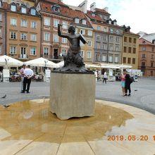 人魚像 (旧市街広場)