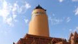バガンタワー
