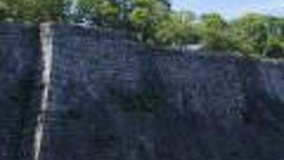 本丸の高石垣
