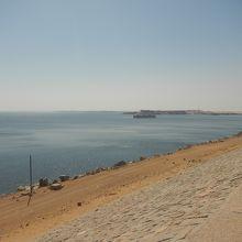 ナセル湖。海みたい!