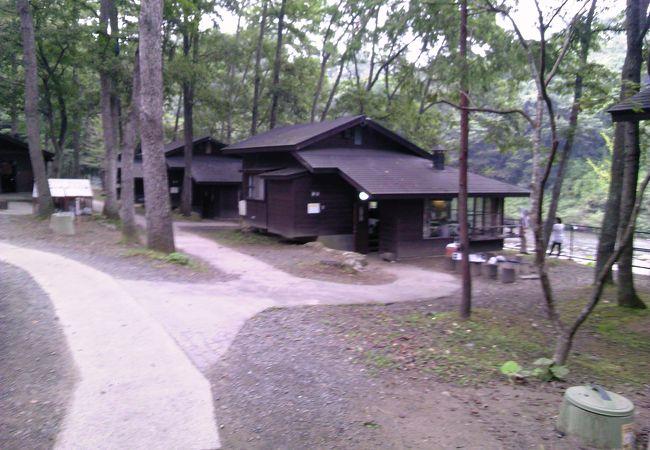 木の家ロッジ村