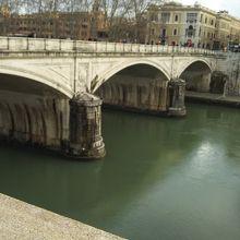 ウンベルト1世橋