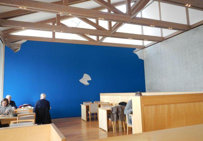 吉野建がアドバイザリーを務める「テラスレストラン 海の星 Etoile de la mer」