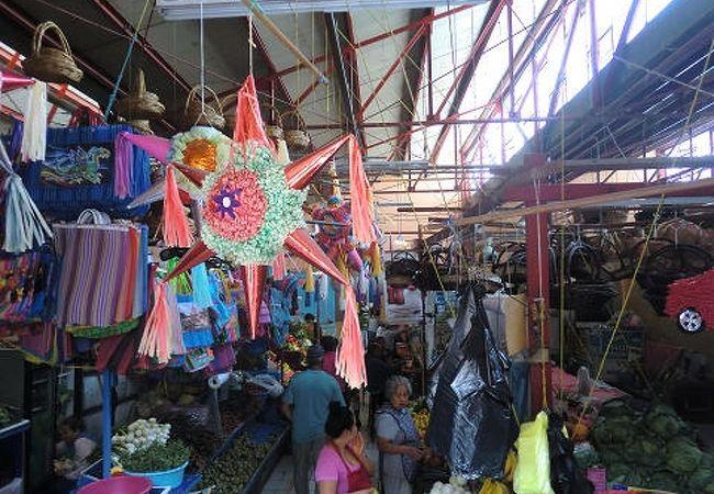 アルテサニアス市場