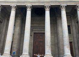 サン ピエール大聖堂