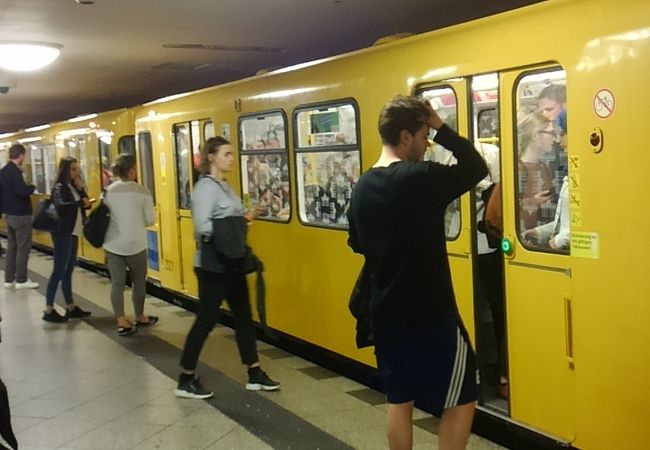 ベルリン中心部の移動に便利です