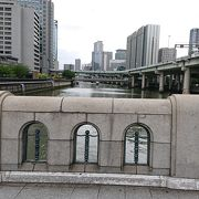 御堂筋にある橋の一つ