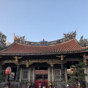 厳かな雰囲気のお寺