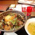 ランチホルモン丼500円