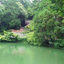 高鴨神社庭園