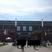スタジアムの外観。