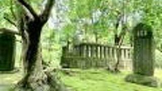 日野俊基の墓