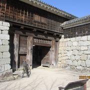 本丸入り口の門