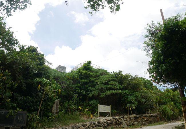 島一番の眺めだったンブフル展望台