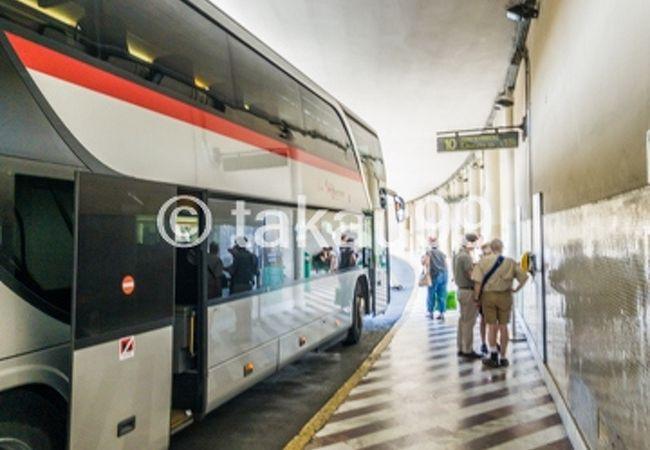 シエナからフィレンツェへ移動する際にバスを利用しました。