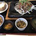 沖縄の牛豚鶏を食べられる