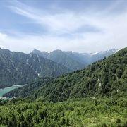 黒部湖、黒部ダム、後立山連邦を一望できるビュースポットはここが1番だと思いました。