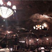 観光客向けレストラン