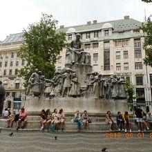ヴルシュマルティ広場