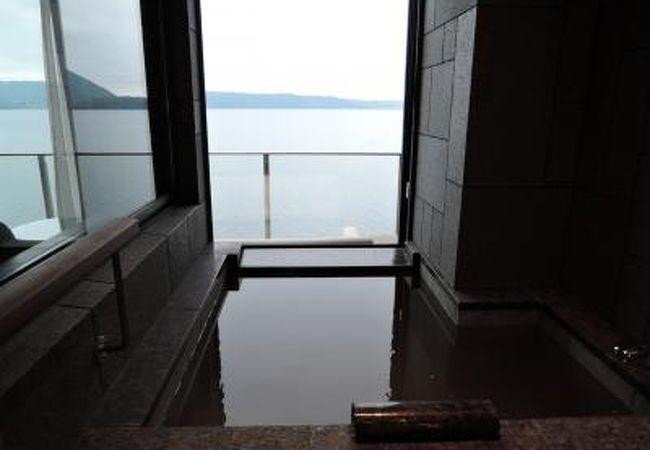 ザ レイクスイート湖の栖(洞爺サンパレスリゾート&スパ別館) 写真