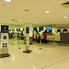 シドニー国際空港 (SYD)