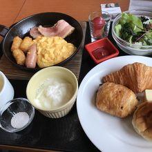 朝食の洋食の内容