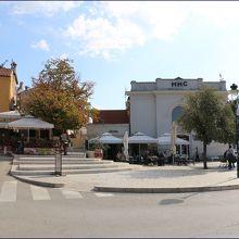 こちらがBrodogradilista広場