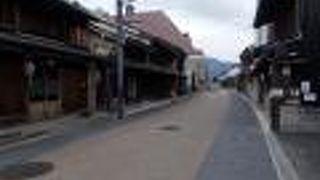 川原町の古い町並み