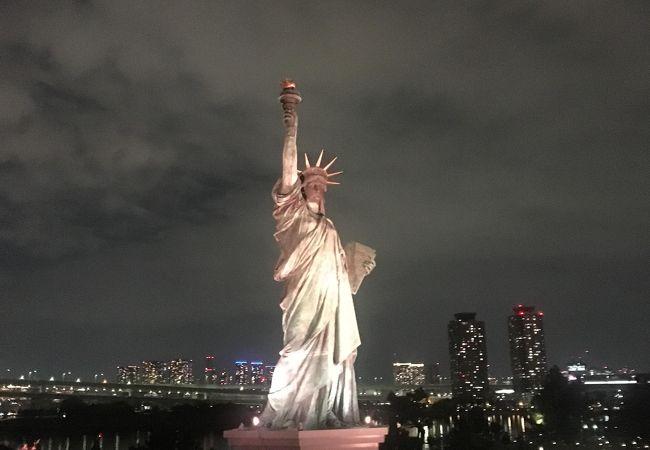 東京観光で一度は行ってほしいスポット!