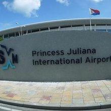 プリンセス ジュリアナ国際空港 (SXM)