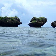 大岩より外海は波・風ともにあります。