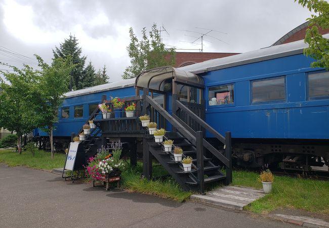 小樽総合博物館の前にある列車の形のレストラン