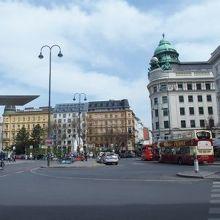 アルベルティーナ広場
